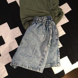 Pants - Acid wash high waisted shorts